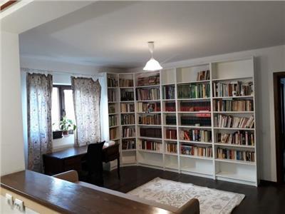 Apartament 3 camere+gradina 80mp
