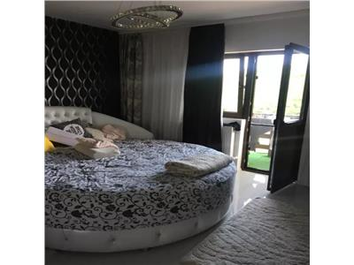 Apartament 3 camere decomandat  Manta Rosie