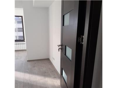 Apartament de inchiriat cu  3 camere 77mp, loc de parcare, zona Rond ERA!