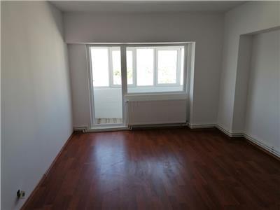 Apartamente de vânzare 4 camere zona Nicolina
